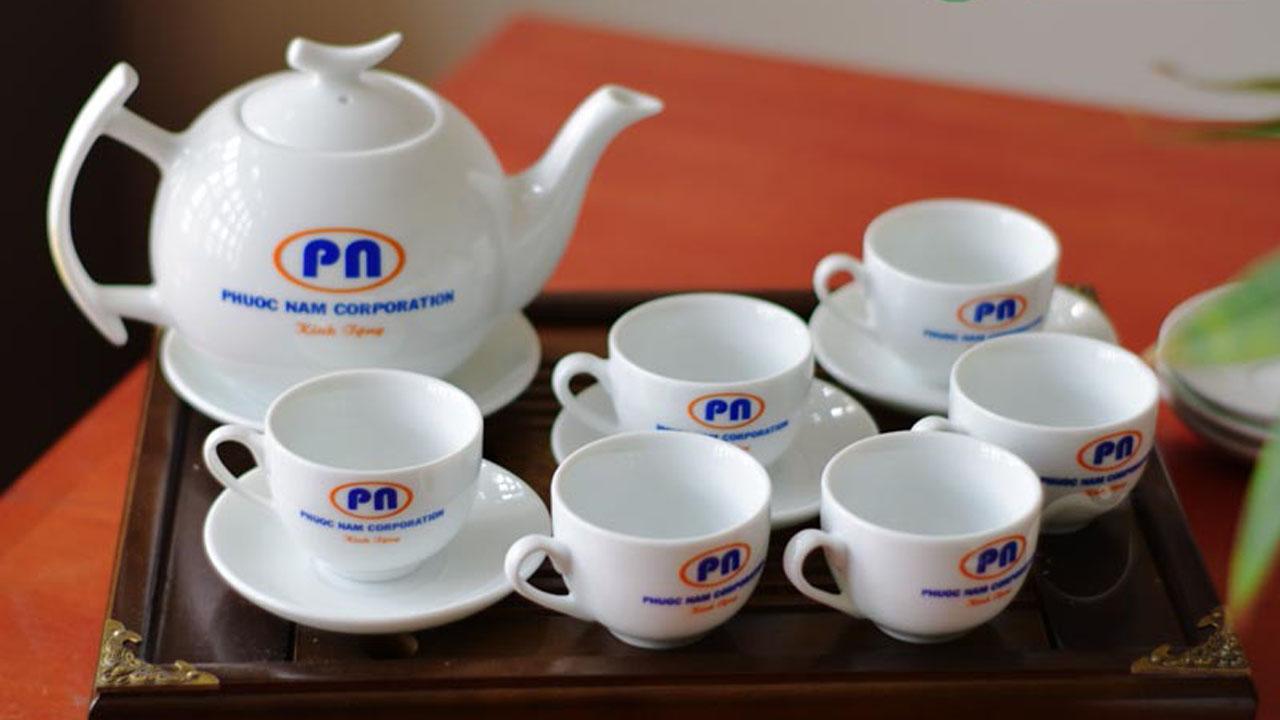 Bộ ấm chén in logo Phuoc Nam Corporation